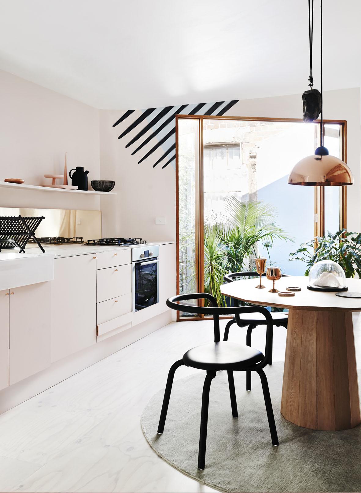 Dulux Arcadia Eclipse Kitchen 2227f FINAL LOWRES.jpg