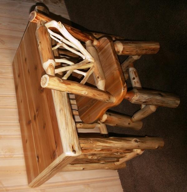 Cedar Log Writing Desk 3.jpg
