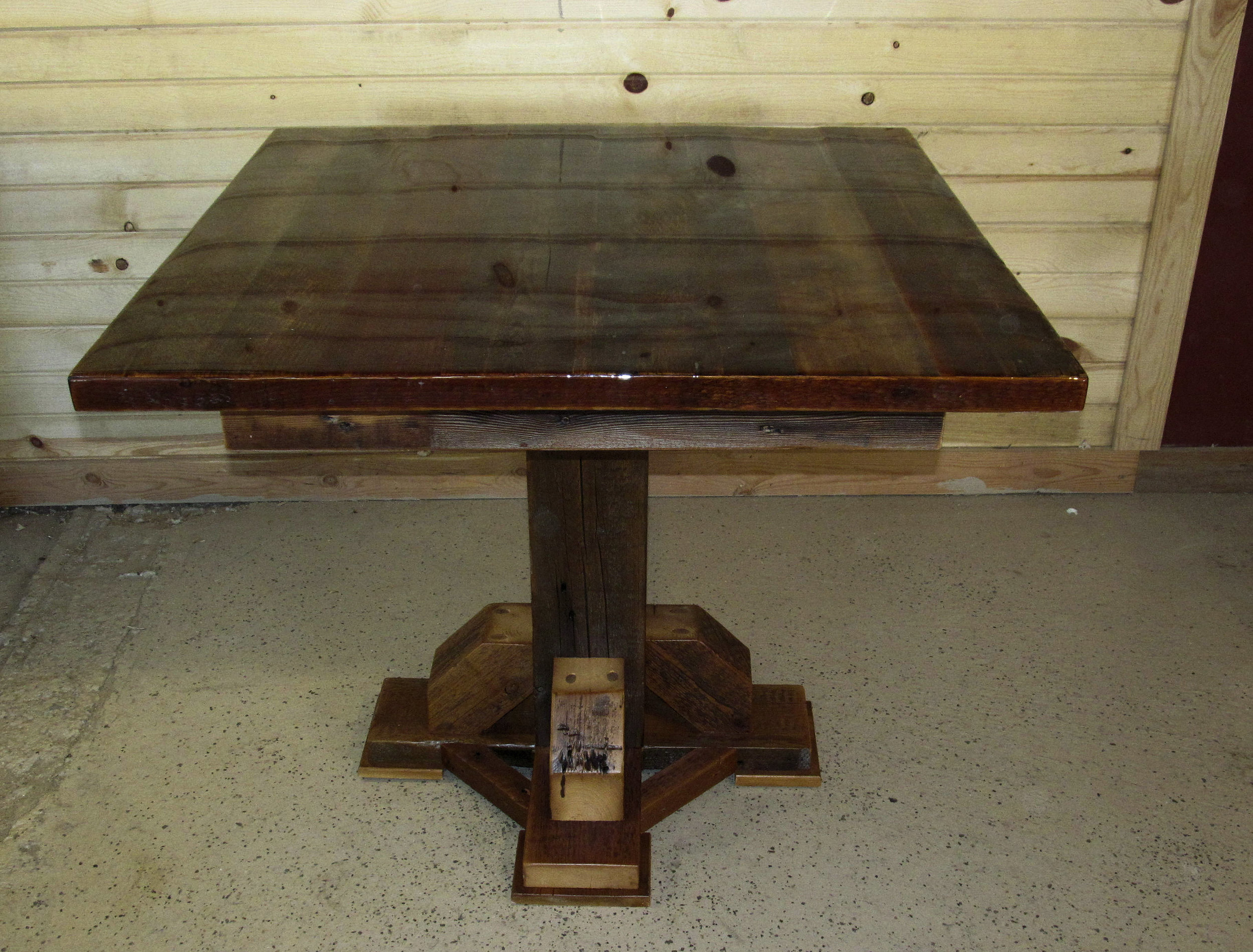 rusticraft restanrant table small square.jpg