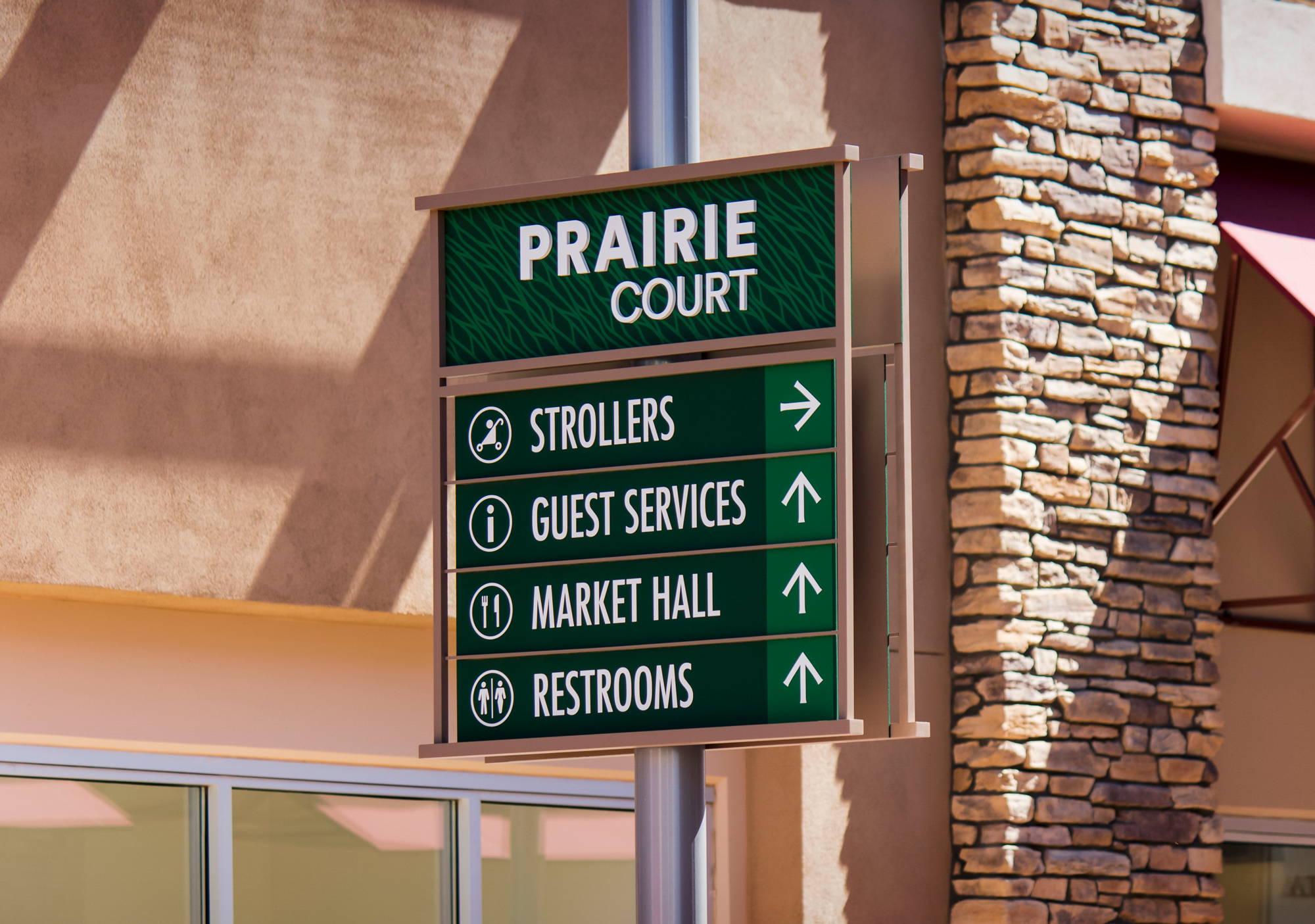 Tucson Premium Outlets Directional Sign