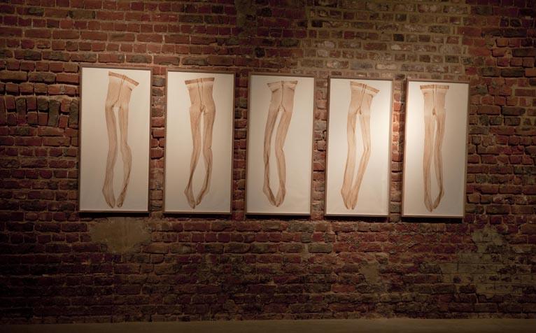 """Eloïse van der Heyden, """"Mothers I, II, III, IV, V"""", (2013) ."""