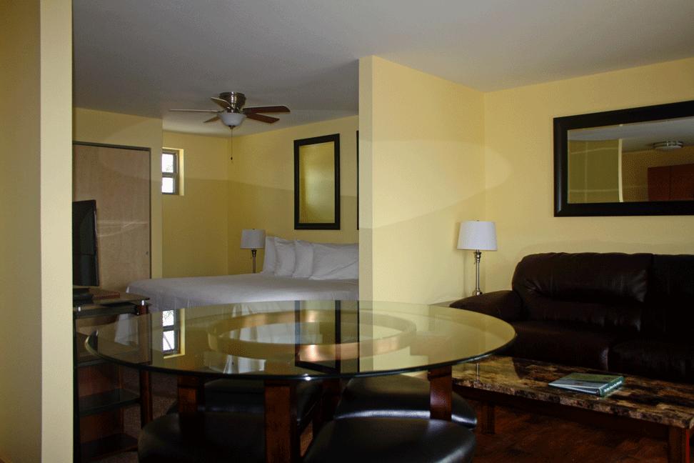 suites_700D-05.png