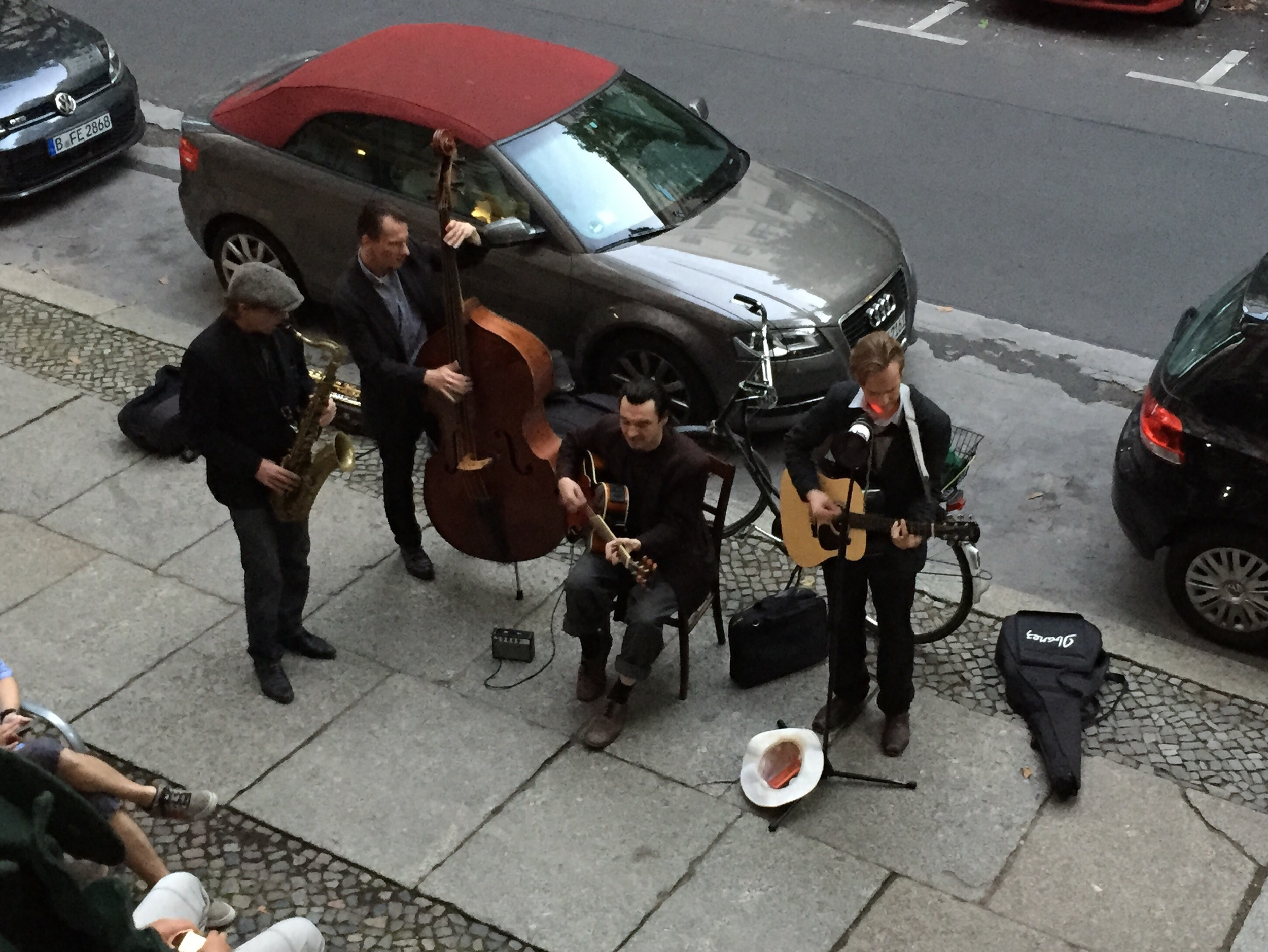 The coolest buskers in town!