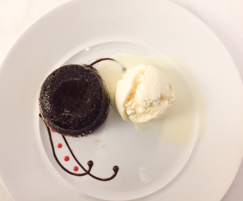 vanilla_chocolatecake3.jpg