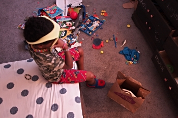 child declutter room