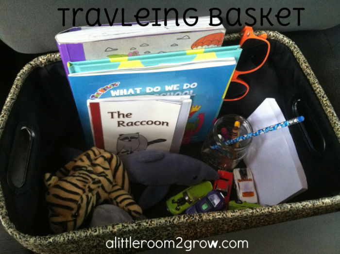A great idea to organize kids toys and book in the car