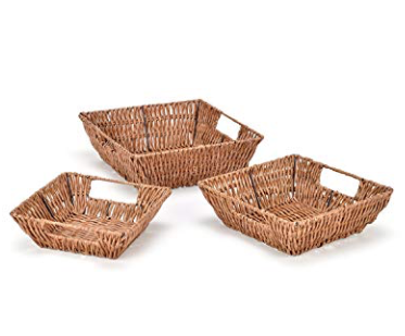 Plastic Woven Baskets - Small, medium, large baskets with iron frame with a beautiful wicker look. Greta for organizing the play-space.