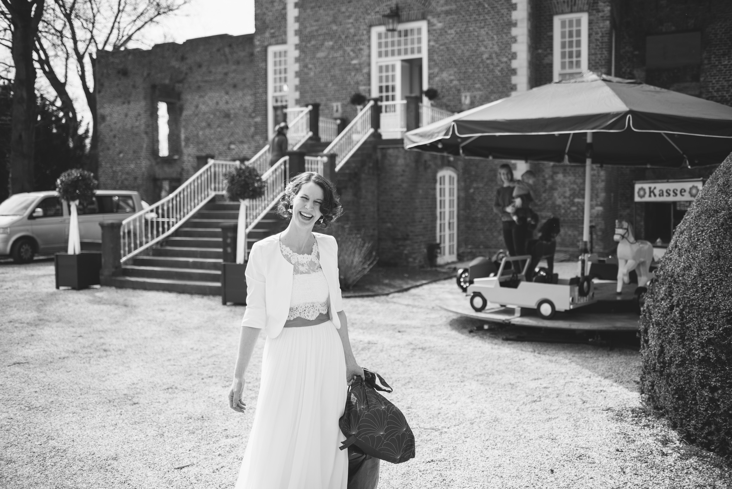 Hochzeitsfotograf-Schlossruine-Hertefeld-Weeze-004.jpg