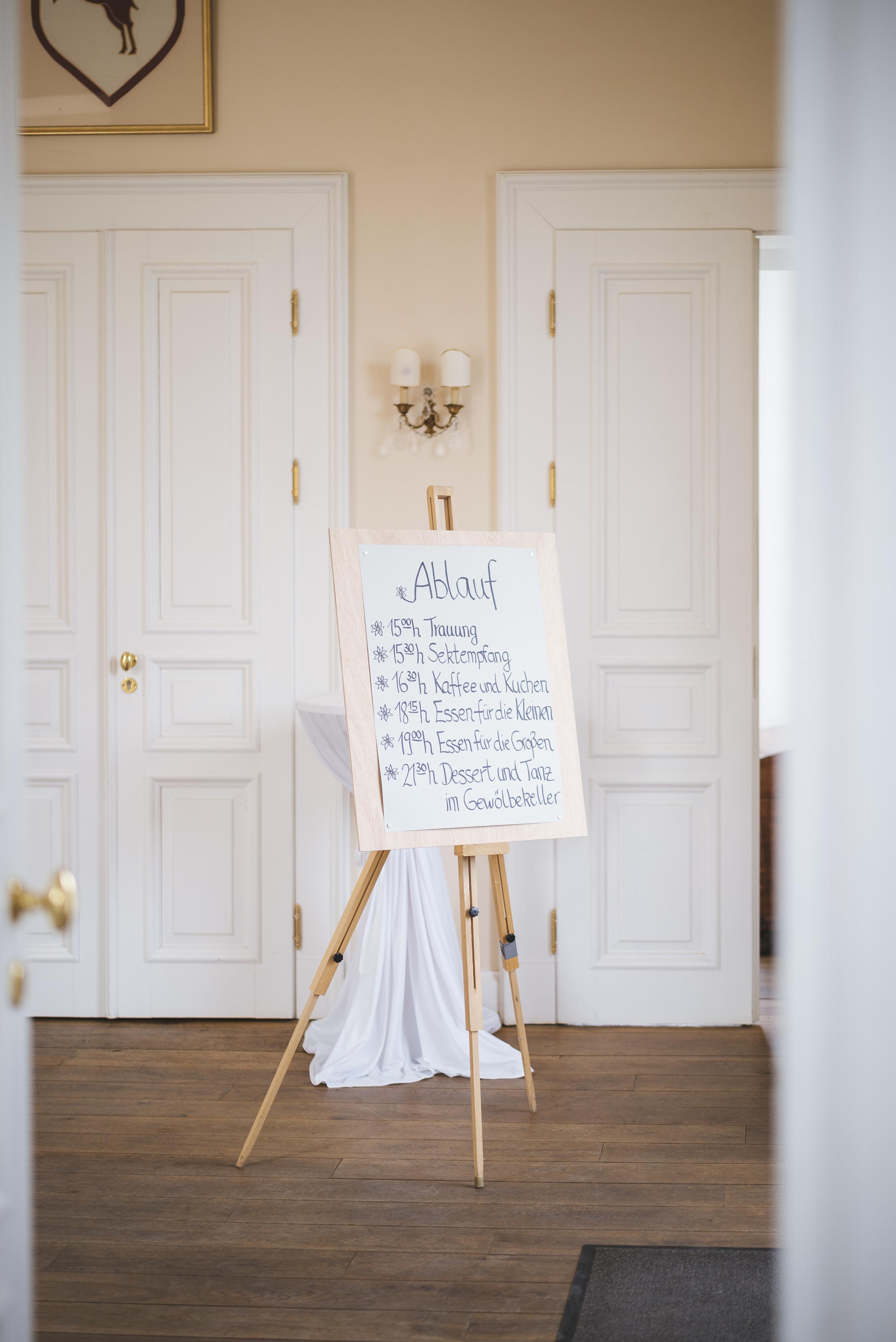 Hochzeitsfotograf-Schlossruine-Hertefeld-Weeze-006.jpg