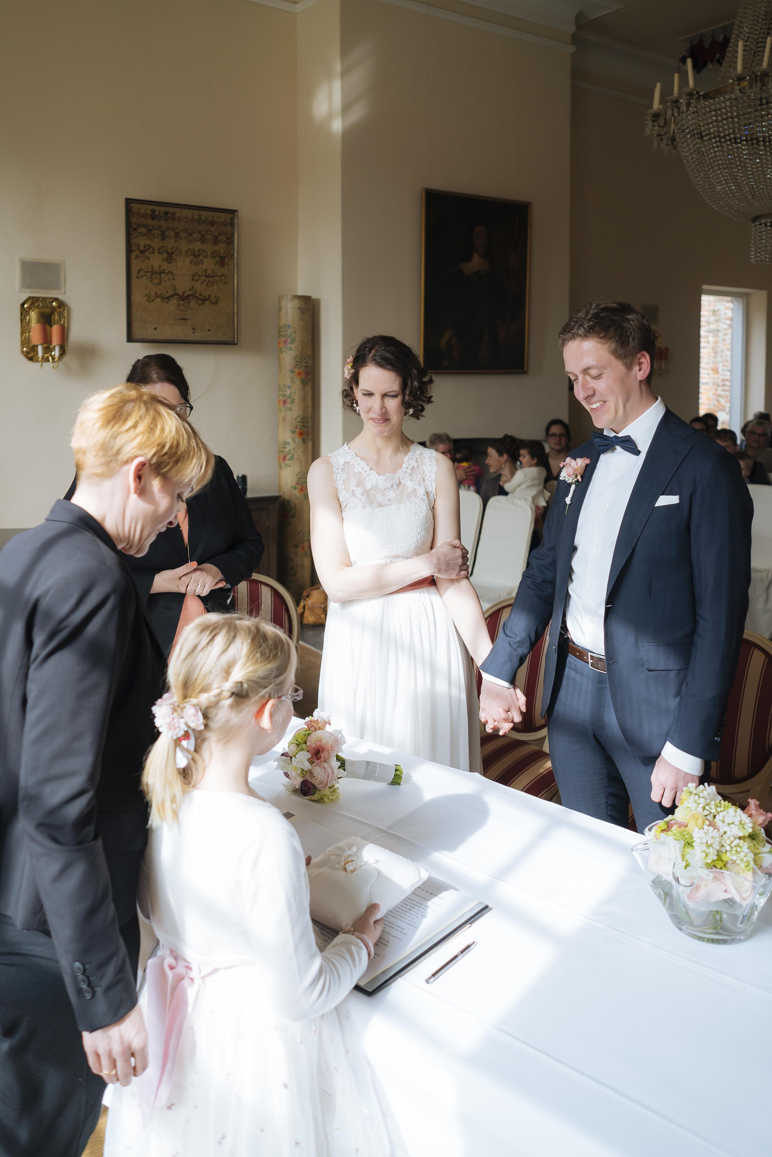 Hochzeitsfotograf-Schlossruine-Hertefeld-Weeze-076.jpg