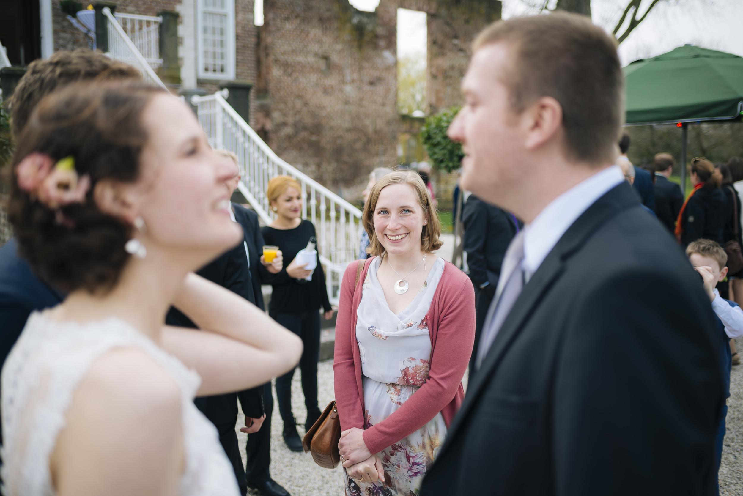 Hochzeitsfotograf-Schlossruine-Hertefeld-Weeze-096.jpg