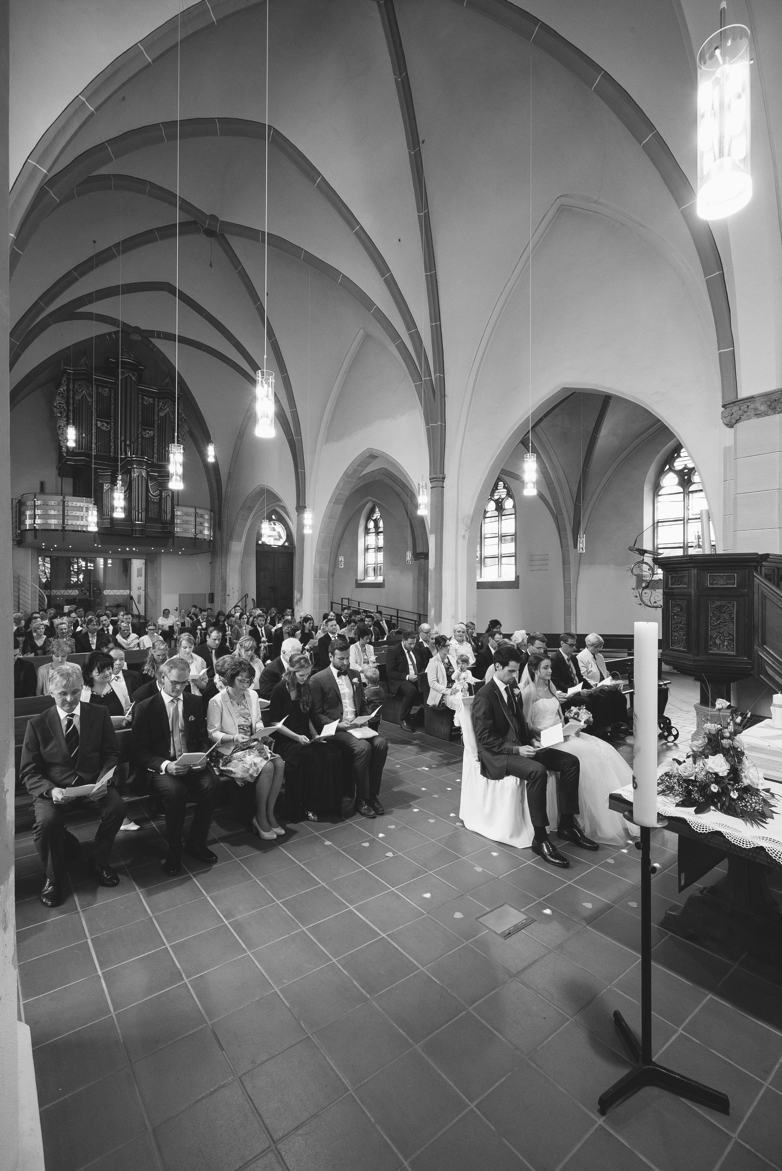 Mona und Marius Kirche141.jpg