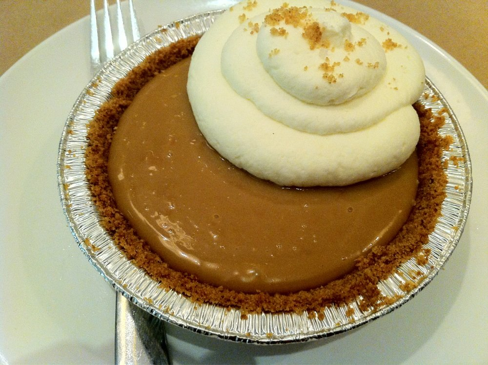 Simple Things Restaurant: Salted Caramel pie