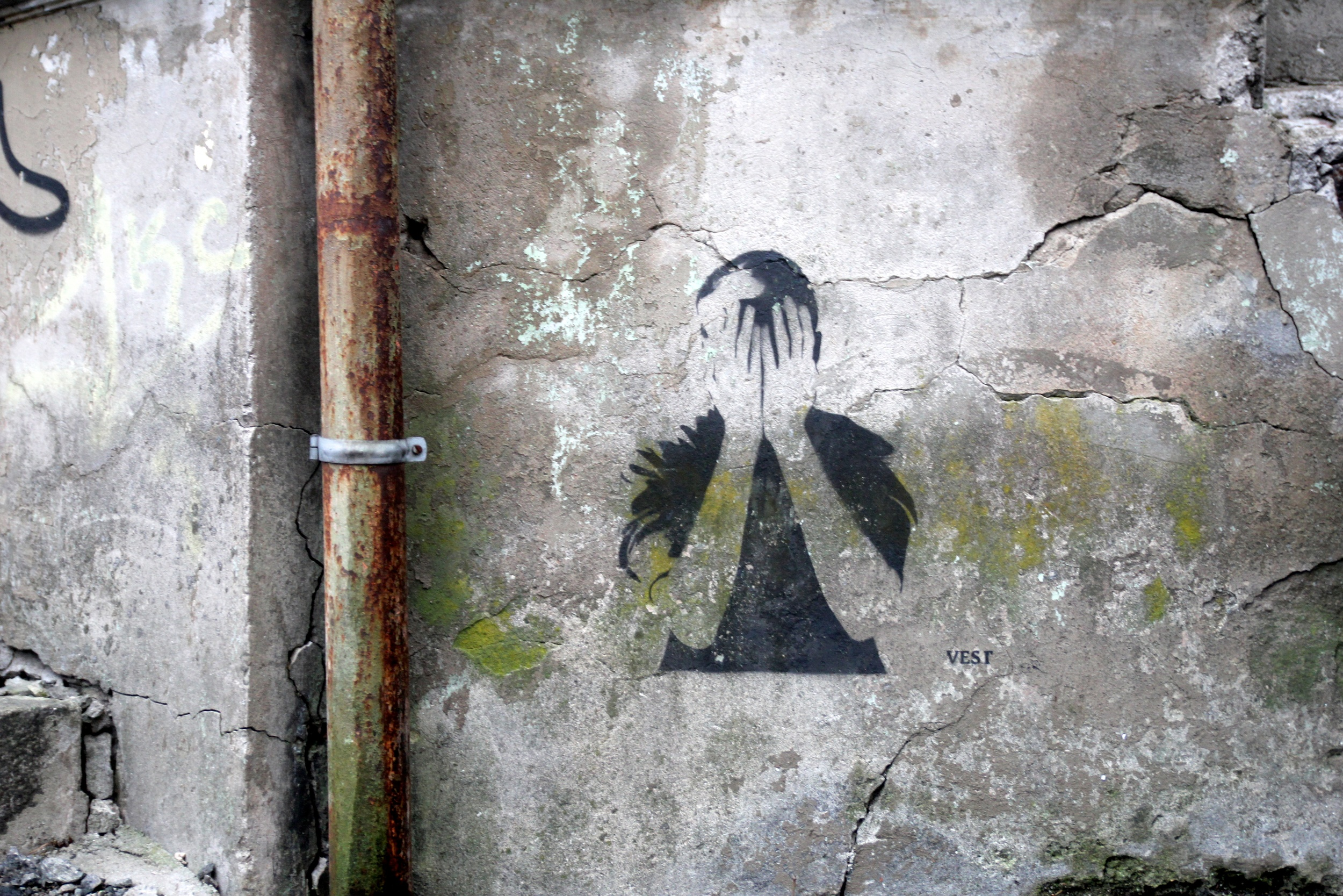 Stensil av gatekunstneren Vest, Skottegaten.