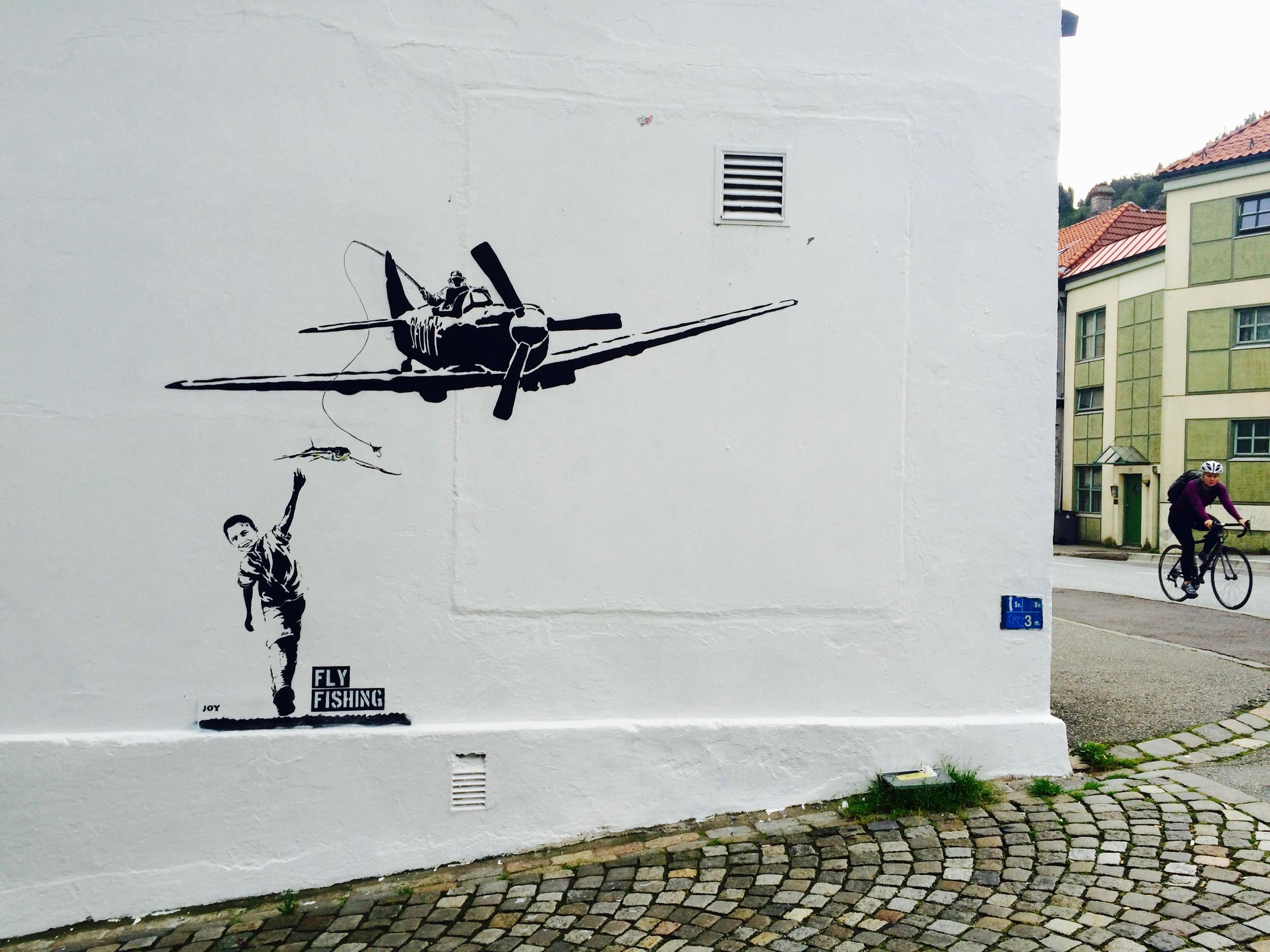 joy_flyfish_streetart