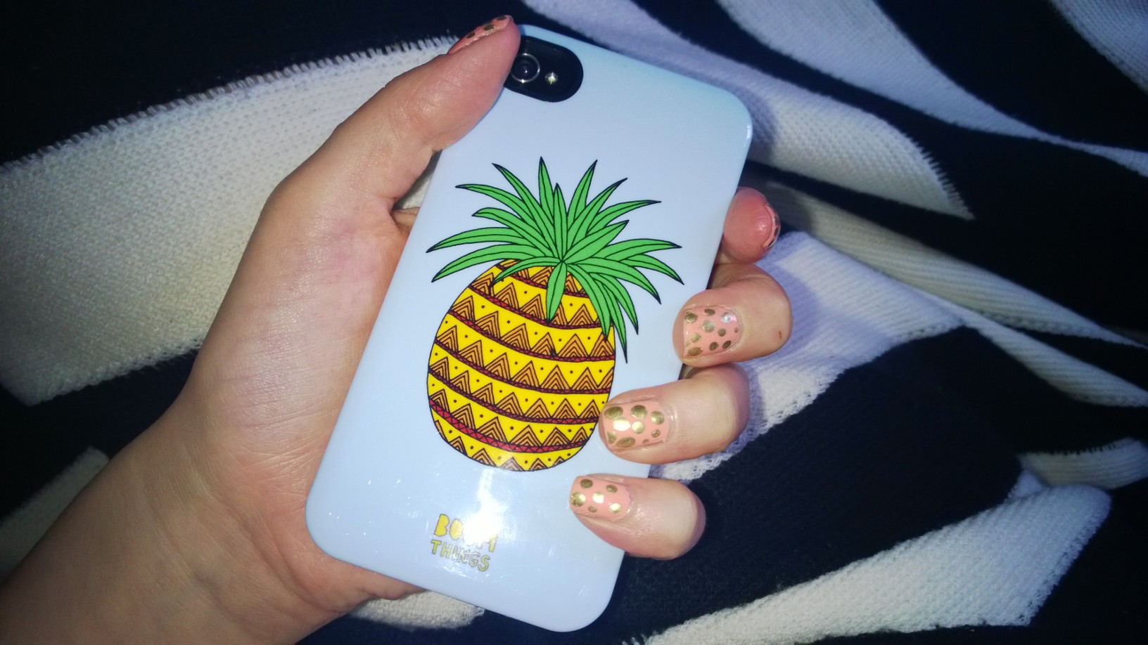 Pineapples and polka dots. Two of my favourite things!