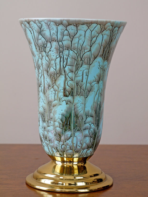 Etsy seller BiffandBetty's 1960s atomic vase, £36.14