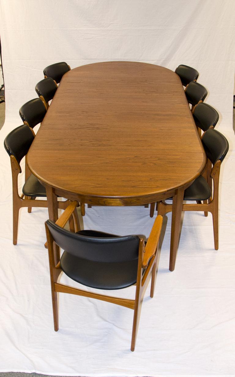 300_Round_Danish_Dining_Table_C_7_l.jpg