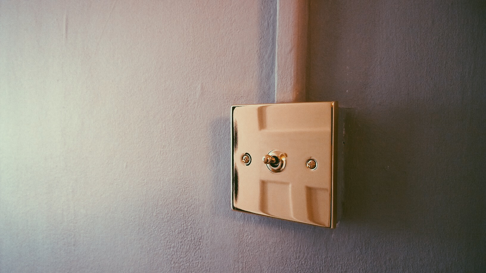 brass toggle lightswitch