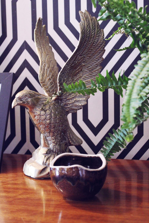 mantle vignette interior stylist