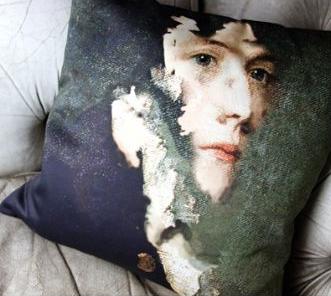 portrait-cushions-by-chad-wys-tom-green-18677-p[ekm]335x502[ekm].jpg