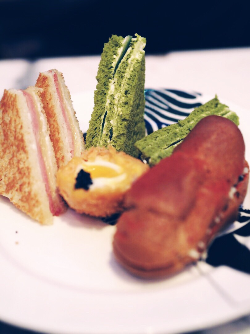 mad hatter afternoon tea review