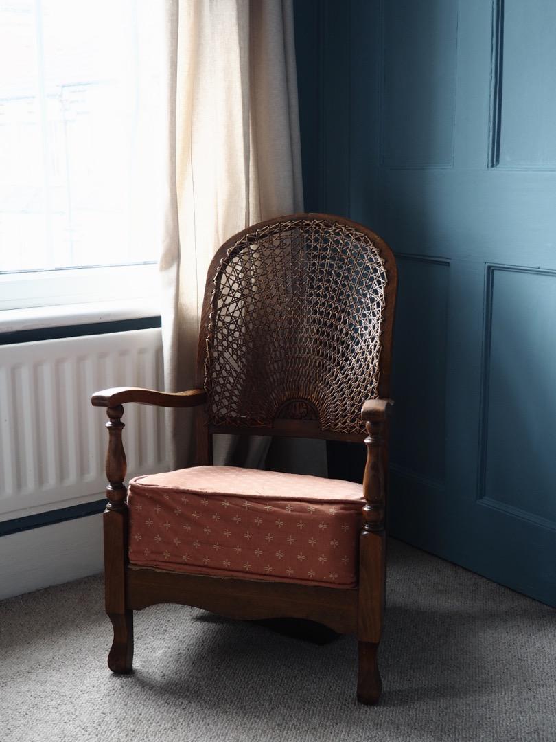 smallchair.jpg