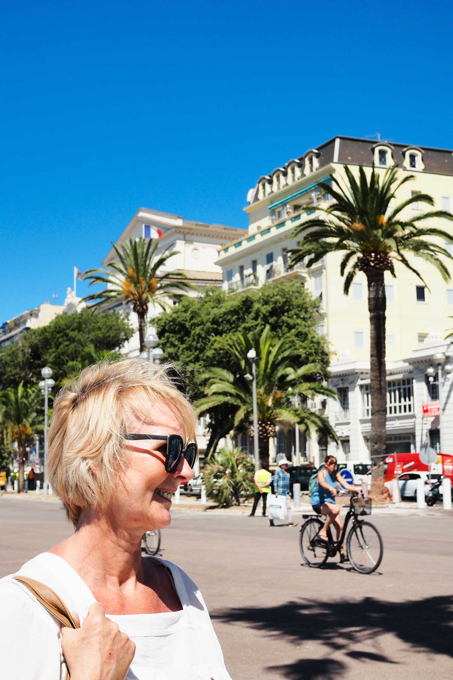 Photo diary of my trip to Nice in the south of France with Airbnb