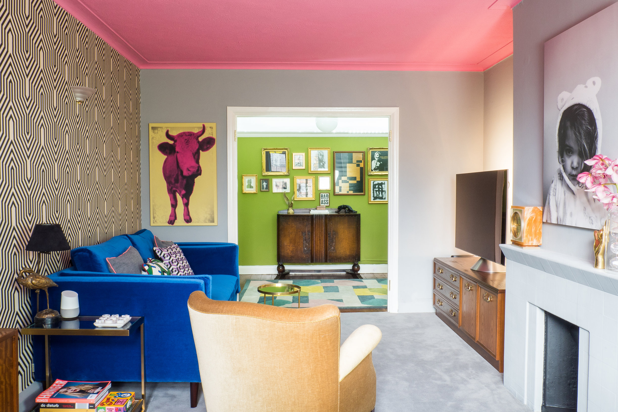 livingroomreveal_SA_HiRes_010.jpg