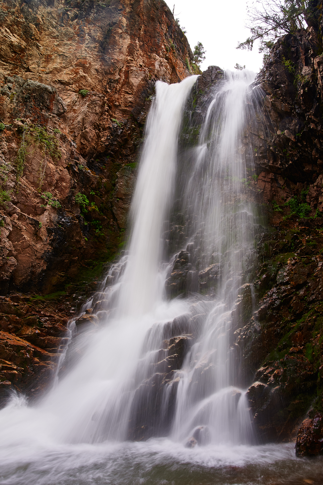 Bullion Falls Marysvale, Utah - Such an amazing hike in to see the fall! highly recommend if you're traveling through.