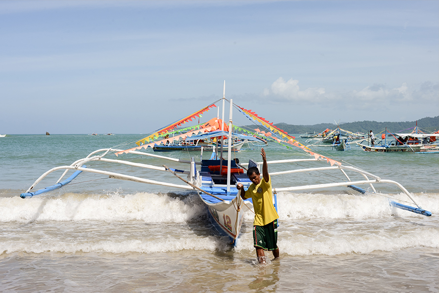 palawan philippines ocean boats