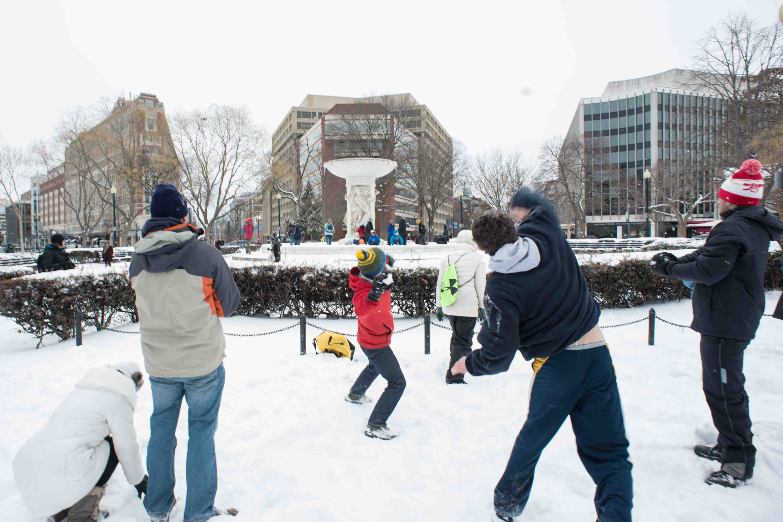 snow dc dupont snowball fight washington dc photographer