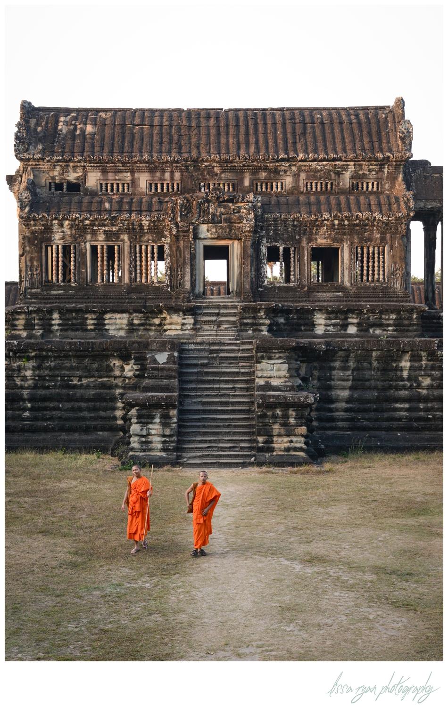 monks at angkor wat cambodia travel photography lissa ryan photography