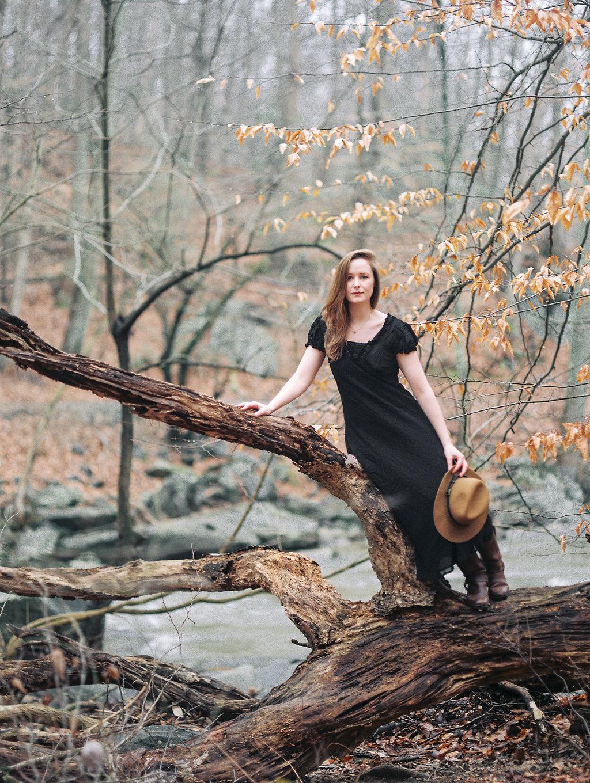 wintry fine art portraits in rock creek park washington dc film photographer lissa ryan photography
