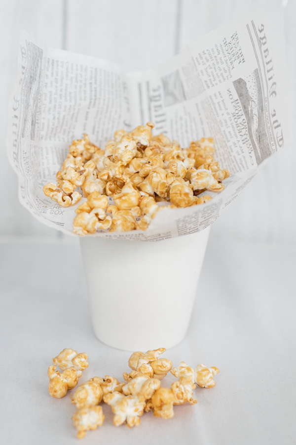 Salted Caramel Corn | Becca Bakes (www.becca-bakes.com)