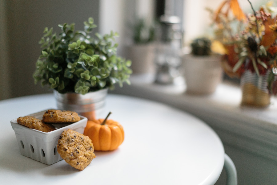 Pumpkin Chocolate Chip Cookies | Becca Bakes (www.becca-bakes.com)
