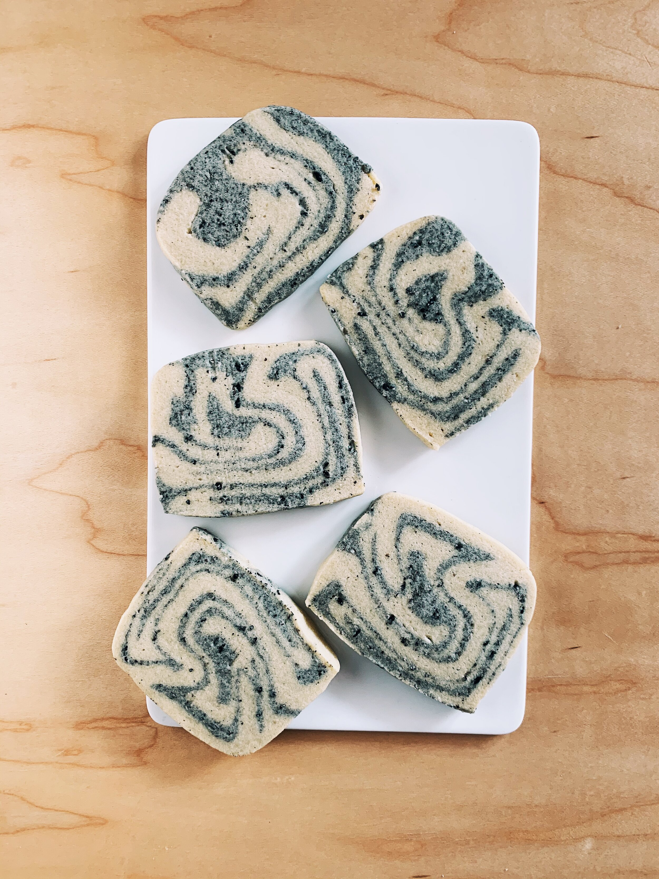 Marbled Tahini Shortbread Cookies | Becca Bakes (www.wulanhaotej.tw)