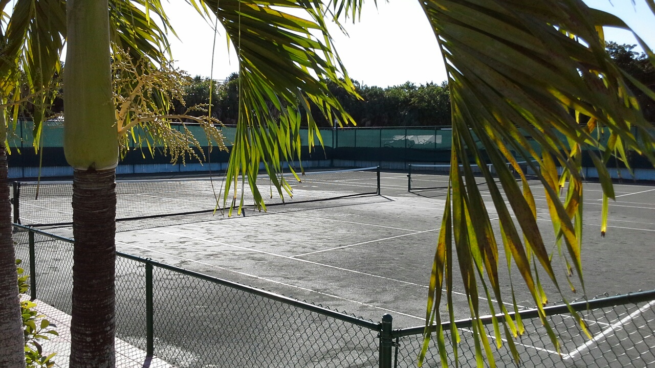 Two clay courts at the North Captiva Island Club