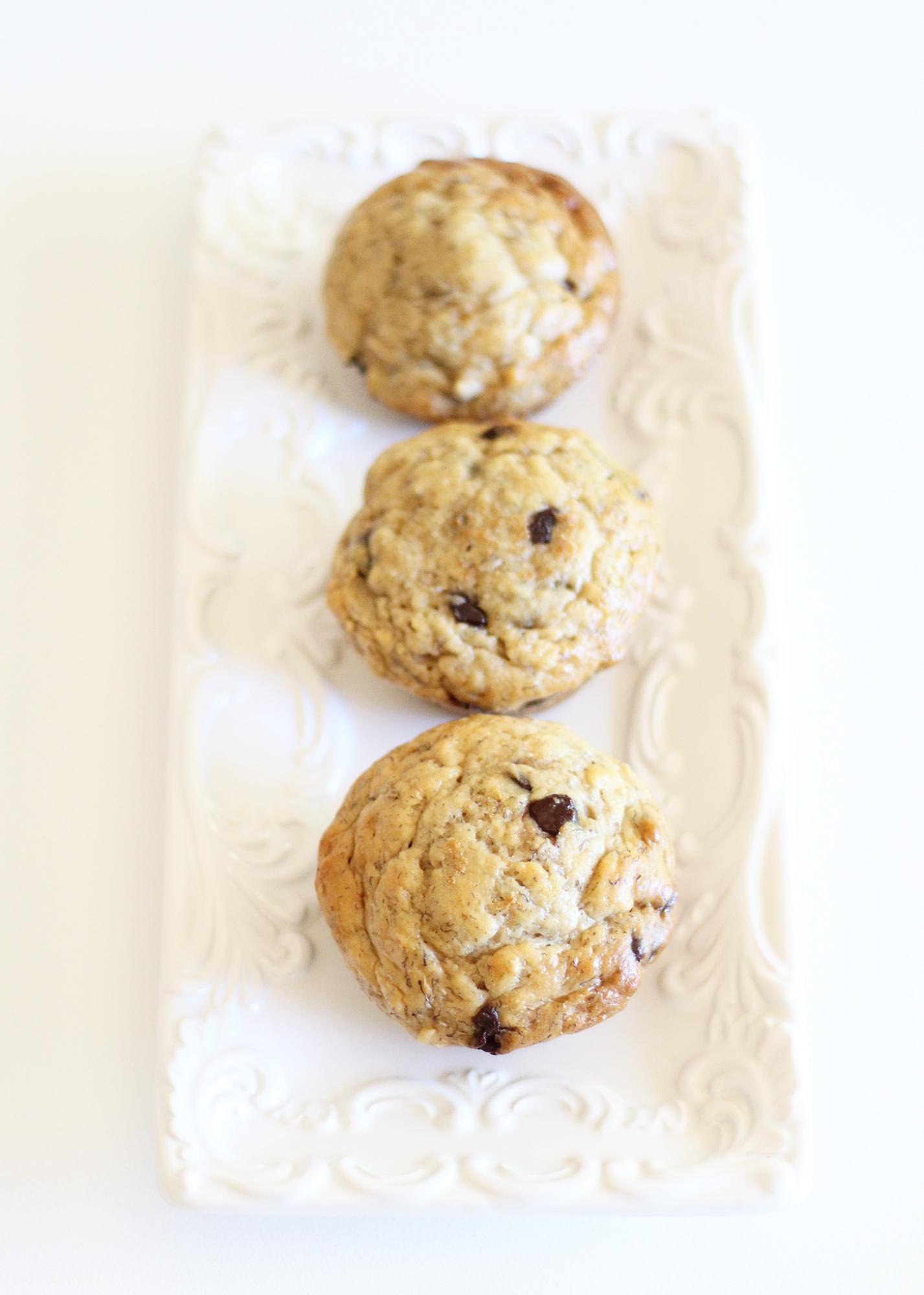 The tastiest skinny banana chocolate chip muffins