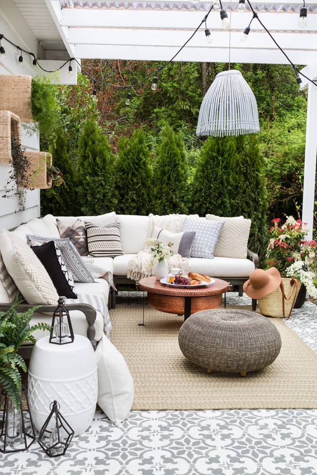 Dreamy backyard patio