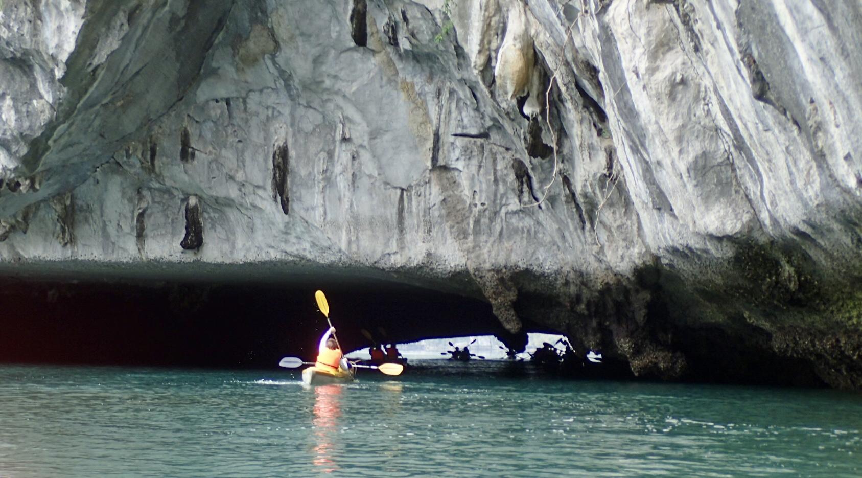 Kayak Cave Vietnam.jpg