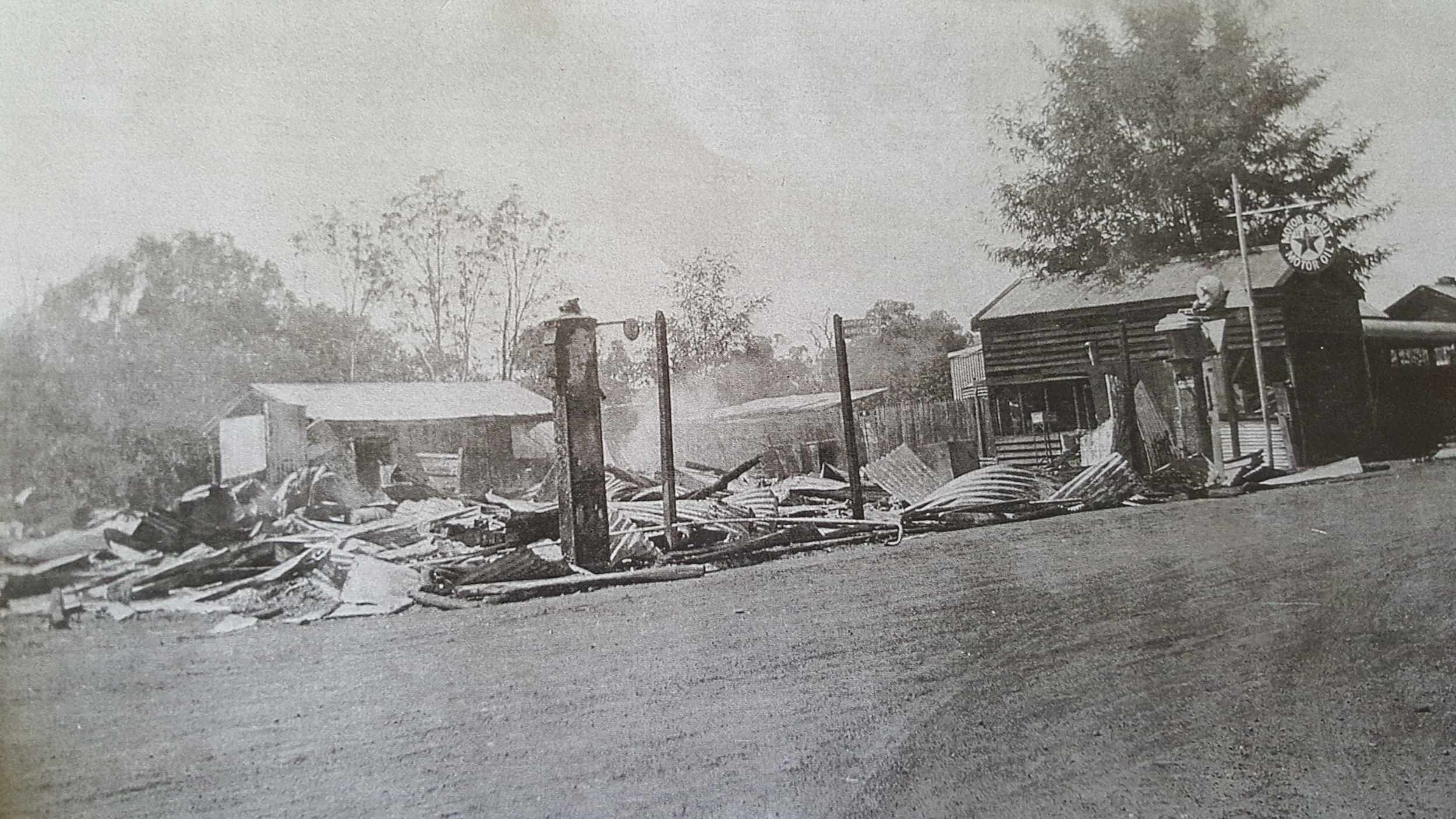 The general store in Balingup that is mentioned by Mrs Happ in the newspaper article below. This photo was taken when the general store burnt down in the early 1930's.
