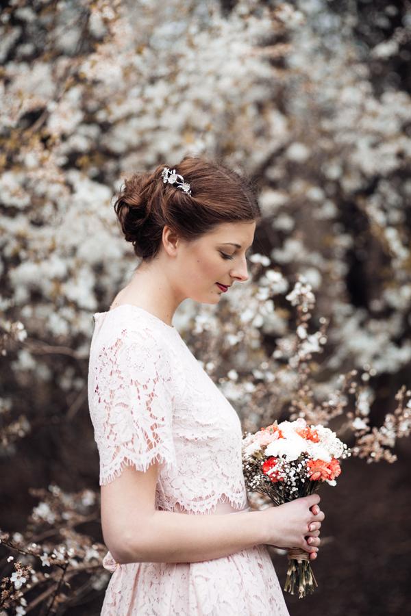 styled-wedding-bridal-shoot-blossom-7