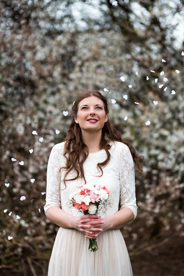styled-wedding-bridal-shoot-blossom-12