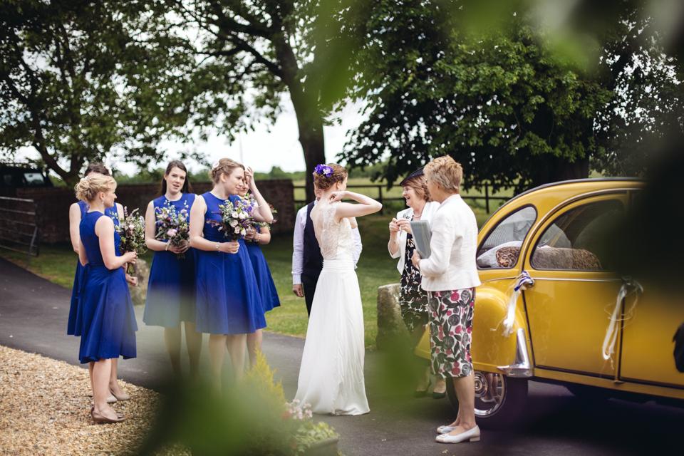 barford-park-colourful-humanist-barn-wedding