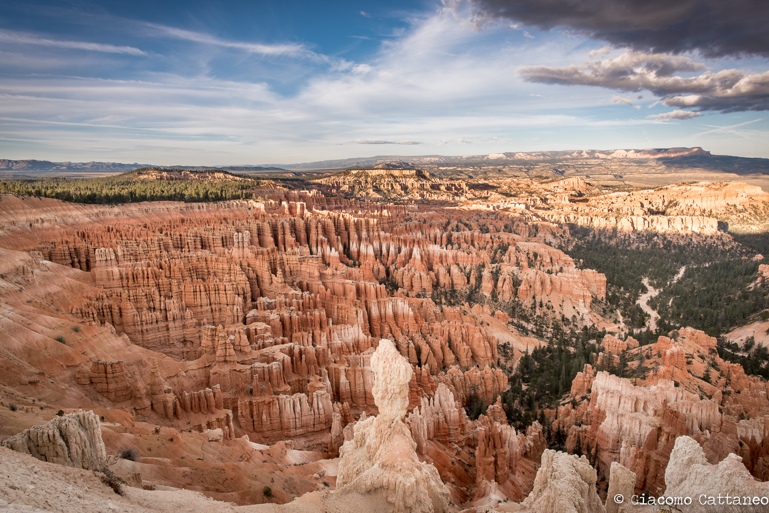 Bryce Canyon National Park - ISO 250, 20mm, f/13, 1/80 sec