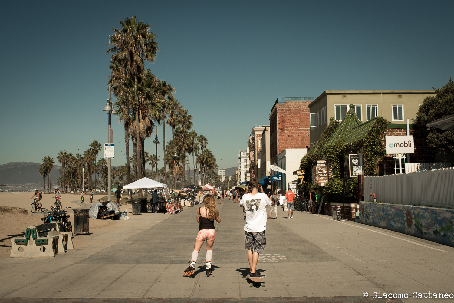 Venice Beach - ISO 200, 35mm, f/8, 1/1250 sec