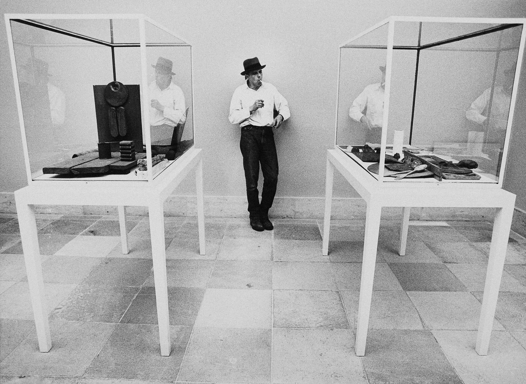 Joseph Beuys' set-up - of the exhibition of collection Ströher at the Neue Pinakothek
