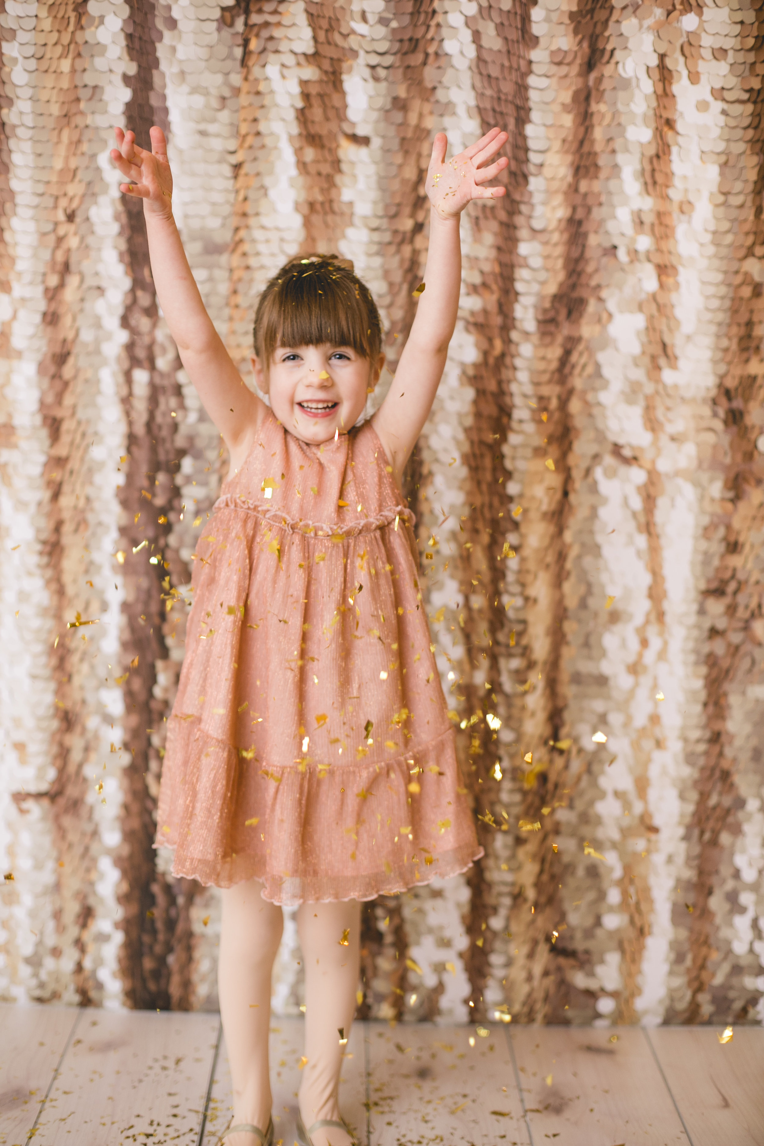 Sparkle Sessions - Date: Jan. 12 and 19, 2019Length of session: 20 minutesCost: $75Number of Photos: 5Print ReleaseLocation: 306 Main Street in StevensvilleContact me to book.