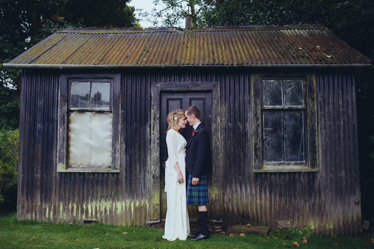 139-alternative-creative-wedding-photography--2.jpg